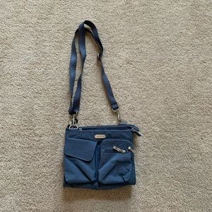 Baggalini Blue MultiPocketed Purse